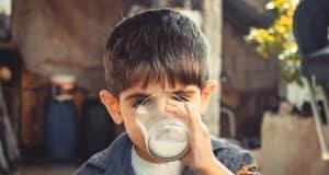 boy-child-drinking